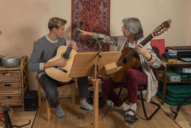 gitarrenunterricht für jugendliche hamburg niendorf