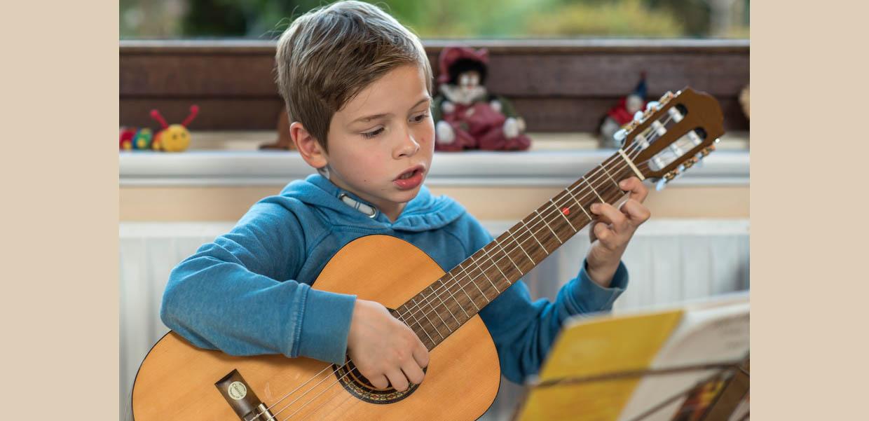 gitarrenlehrer hamburg niendorf