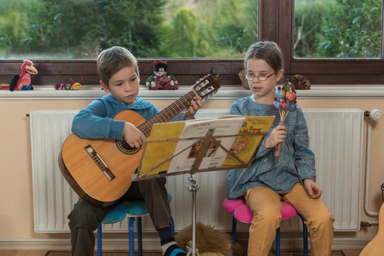 gitarrenspielen für kinder hamburg niendorf